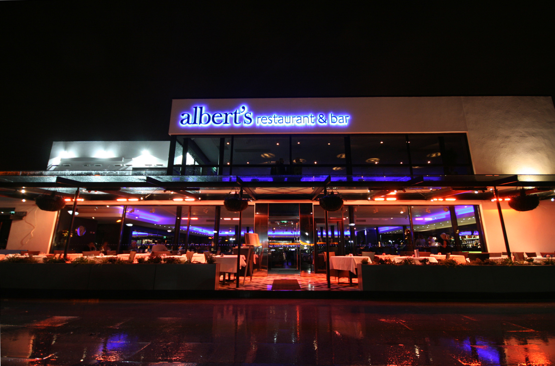 Albert's Restaurant and Bar Worsley - Exterior at night