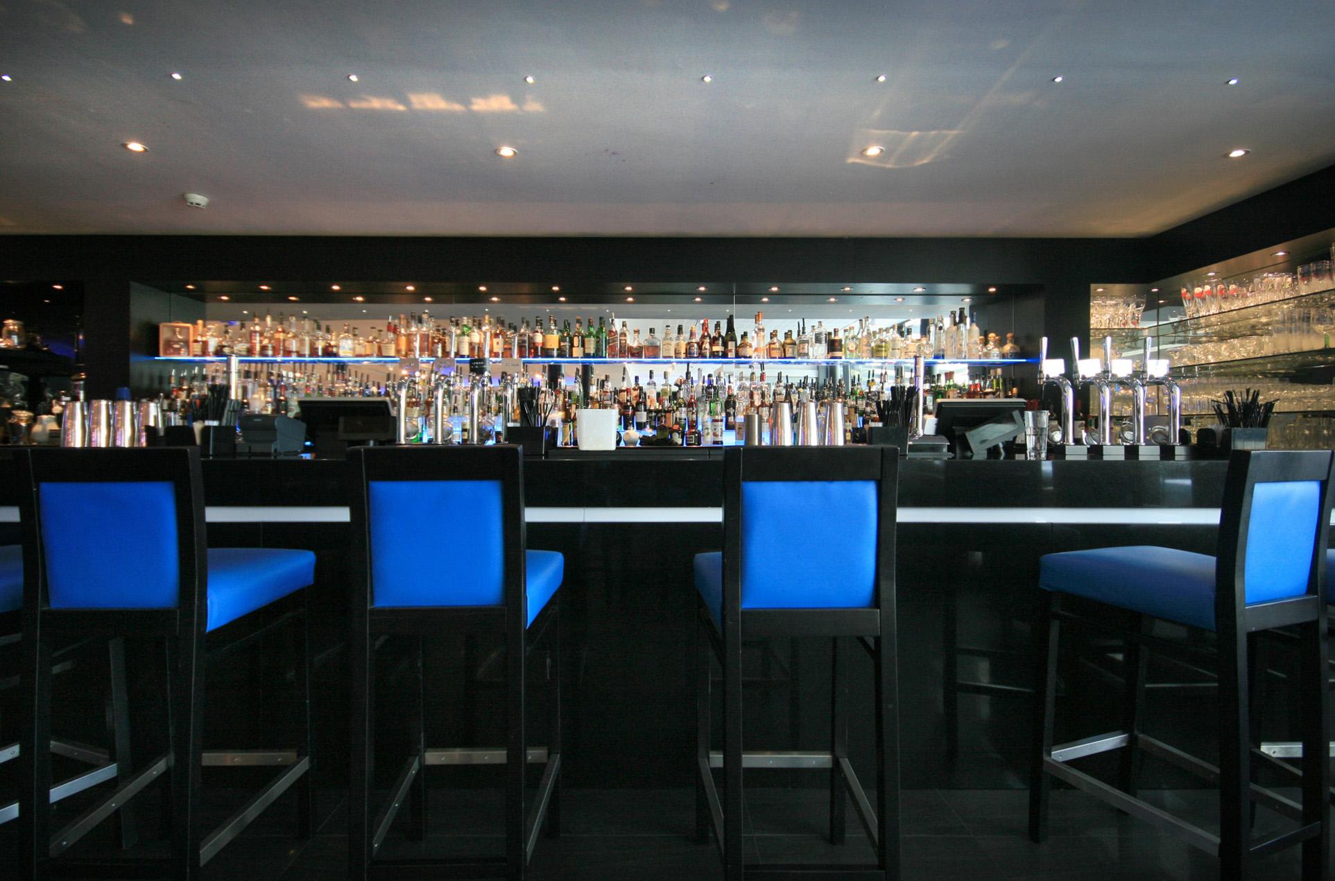 Albert's Restaurant and Bar Worsley - Bar