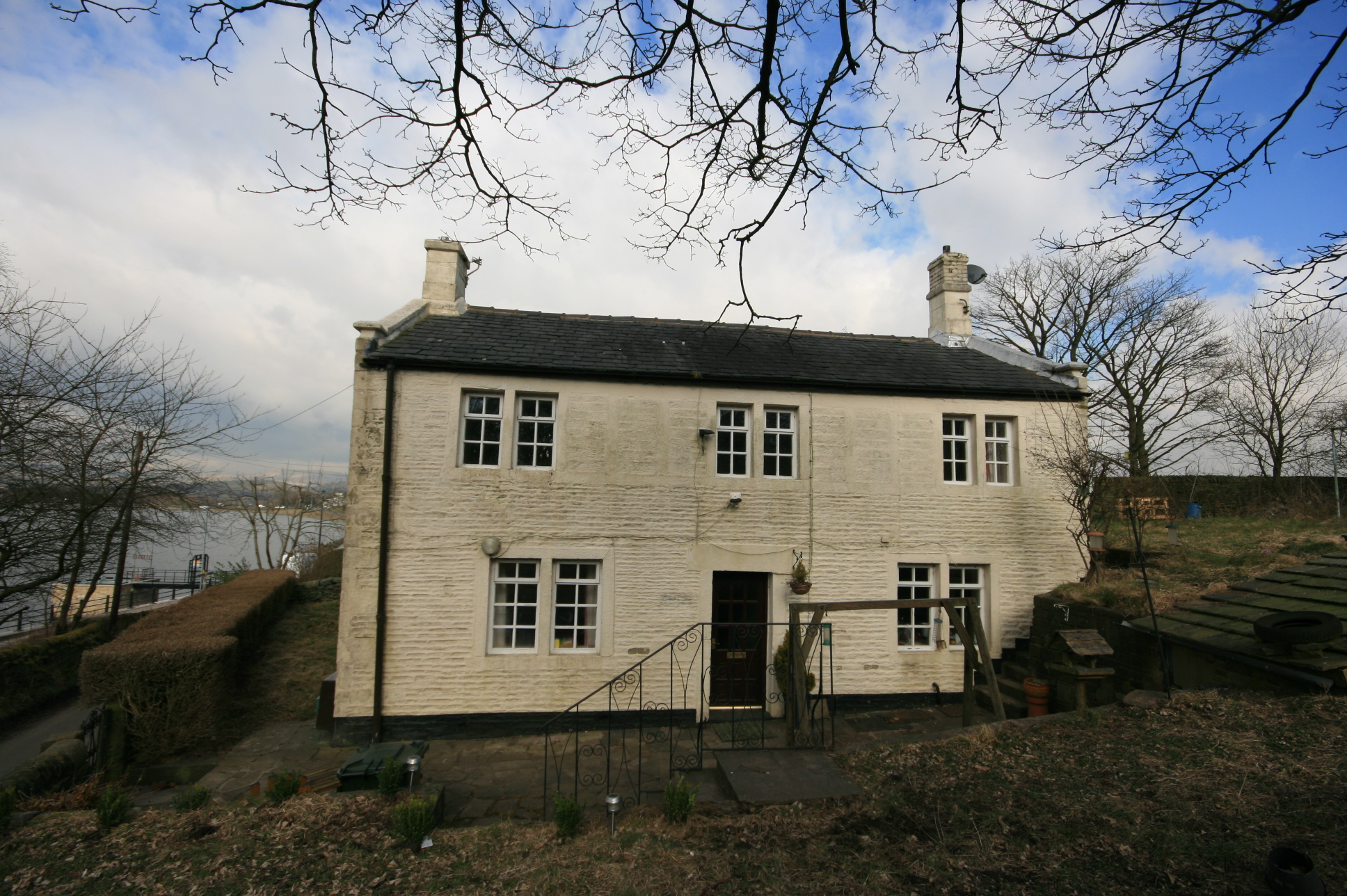 Existing listed weaver's cottage